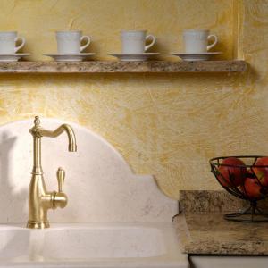 Marmorno kuhinjsko korito in granitni pult