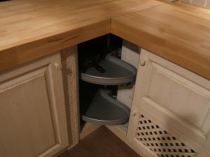 Praktični vgradni sistemi v kuhinjah Rustika Masiva d.o.o.
